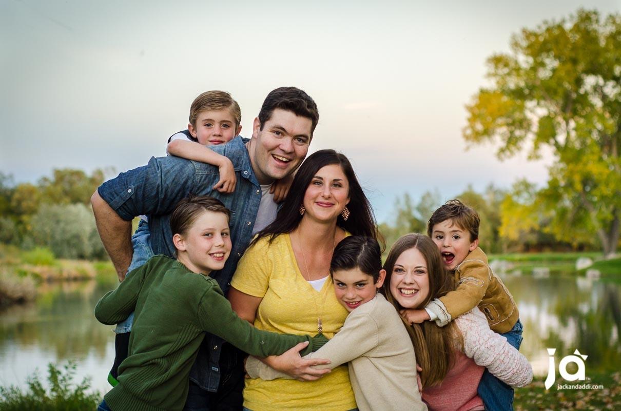 Sullivan-Family-015-1210x801.jpg